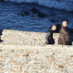 Game of Thrones | Daenerys se junta a personagens em Gaztelugatxe